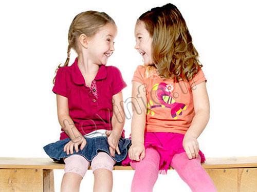 تشویق کودکان به همکاری با کمک اسباب بازی ها