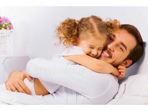 ابراز محبت پدر به دخترش , روش های فرزند پروری بامریند