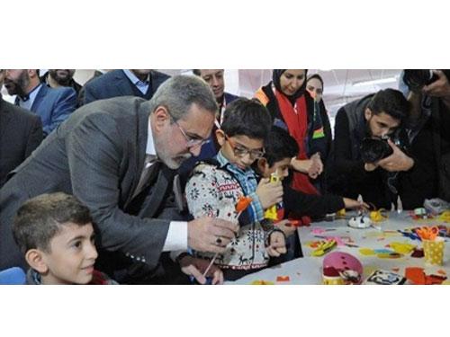 بازدید وزیر آموزش و پرورش از نمایشگاه اسباب بازی