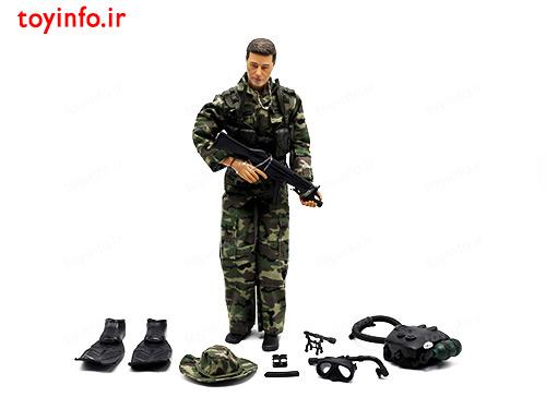 عروسک تفنگدار نیروی دریایی