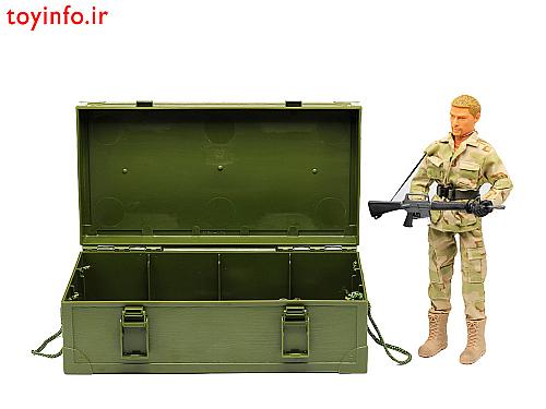 فیگور سرباز به همراه صندوق مخصوص