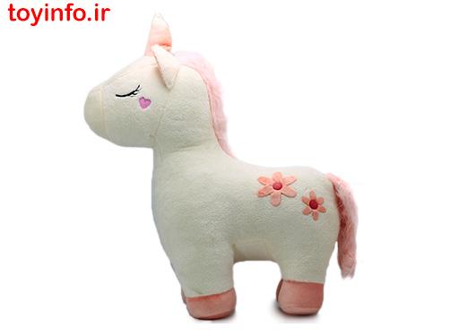 اسب تک شاخ سفید