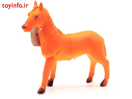 عروسک اسب مزرعه
